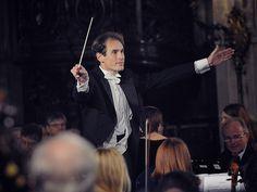 Na terça-feira, dia 7, a Ospa (Orquestra Sinfônica de Porto Alegre) se apresenta no Salão de Atos da UFRGS.