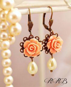 Bridal pearl drop earrings drop pearl by RubyRobinBoutique on Etsy, €12.50
