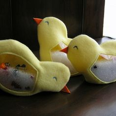 Chick I Spy Bags  https://www.etsy.com/listing/15333680/chick-i-spy-bag-adorable-little-chick