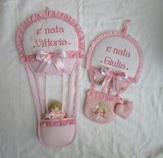 Fiocchi mongolfiera personalizzati  per Vittoria e Giulia;