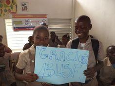 Proyecto Happy Siphal - Colegio Haití | Happy Siphal es la unión de muchas personas de diferentes ámbitos para ayudar a la infancia en emergencias y catástrofes. #solidaridad #HappySiphal