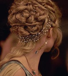 This is too costumey but I can imagine a less Shakespearean take on it would be beautiful - the band and the pinned curls, with face-framing curls and even some left long. I have enough hair to do it - like three styles in one!