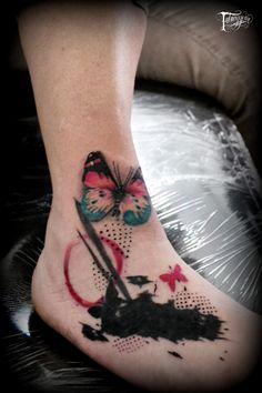 #tattoo #tattoos #tatuaggeria #ink #inked #trashpolka #happytrashpolka #tattooed #tattoist #coverup #art #design #instaart #instagood #butterflytattoo #piede #foot #photooftheday #tatted #instatattoo #bodyart #tatts #tats #amazingink #tattedup #inkedup