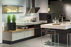 Poggenpohl +MODO kitchen #islandkitchen #highunit #cookinglivingdining