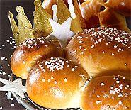 Dreikönigskuchen Sojamilch statt Milch und mit Sojasahne statt Ei bestreichen, Alsan statt Butter