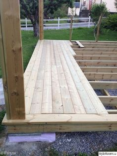 Pergola Connected To House Product Backyard Patio Designs, Backyard Projects, Outdoor Projects, Backyard Landscaping, Diy Deck, Diy Pergola, Diy Patio, Terrasse Design, Floating Deck