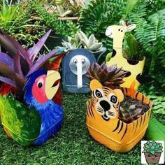Pop Bottle Crafts, Plastic Bottle Crafts, Diy Bottle, Recycle Plastic Bottles, Rock Crafts, Diy And Crafts, Crafts For Kids, Nape Crochet, Art Plastic