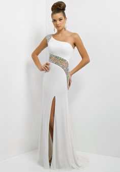 Now this dress is more basic but it is still great for prom but this would also be good for a 8th grade dance or something.