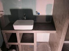 b ton cir et b ton on pinterest plan de travail concrete bathroom and con. Black Bedroom Furniture Sets. Home Design Ideas