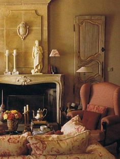Ochre and red.. French interior