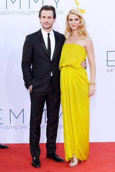 Love her yellow dress. They compliment each other well. #celebrity #fashion