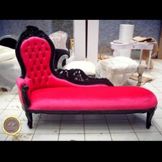 Hot Pink Black Throne Chaise