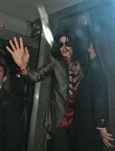 Michael Jackson This Is It concert announcement