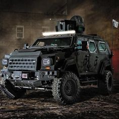 5 Military Urban Survival Skills Every Tactical Prepper Must Know Zombie Vehicle, Bug Out Vehicle, Cool Trucks, Big Trucks, Cool Cars, Tactical Truck, Armored Truck, Expedition Vehicle, Futuristic Cars