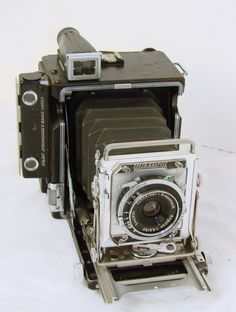 Pacemaker Speed Graphic 2x3 with Schneider Angulon 90mm Lens