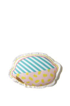 100% Cotton lemon shaped cushion with gold foil detail. 30cm high