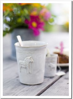 Dala horse mug. I think I'd use it as a mini vase. So cute! (Swedish Design House)