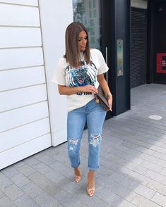 Ripped Jeans Women To Wear This Season – Trendy Fashion Ideas Mode Outfits, Fall Outfits, Summer Outfits, Fashion Outfits, Womens Fashion, Fashion Tips, Fashion Ideas, Cute Casual Outfits, Stylish Outfits