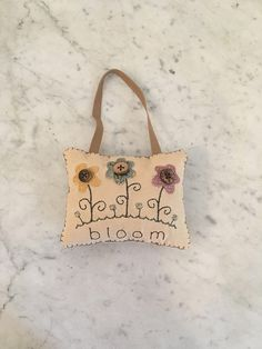 Primitive door hanger, door knob hanger, primitive spring pillow, primitive summer pillow, primitive stitchery, primitive flower stitchery