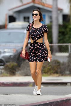 Alessandra Ambrosio looks fit as she heads to gym in LA | Daily Mail Online