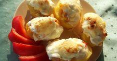 Finom és könnyen elkészíthető, egyetlen hátránya, hogy csak frissen, melegen finom. De akkor nagyon! Hozzávalók: 10 nagyobb burgonya 4 tojá...