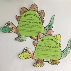 Ideas for a dinosaur kids birthday party Mamaclever.de Dinosaur party as a children& birthday party – the best ideas Kids Birthday Party Invitations, Christmas Party Invitations, Dinosaur Party, Dinosaur Birthday, 5th Birthday, Childrens Party, Christmas Fun, Party Planning, Decoration Party