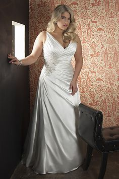 626 CALLISTA BEADED 4180  SZ 24W $1840  OUR PRICE $699 IN STOCK AND READY TO SHIP #WEFINDIT4U #WEDDINGDRESS4LESS CALL 847 426.8005