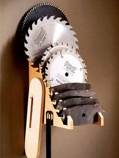 Saw-Blade Selector Woodworking Plan from WOOD Magazine Woodworking Dust Mask, Woodworking Table Saw, Woodworking For Kids, Woodworking Workshop, Woodworking Jigs, Carpentry, Workshop Storage, Workshop Organization, Tool Storage