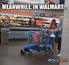 Meanwhile In Walmart2 - http://lol4eva.com/funny/meanwhile-in-walmart2/