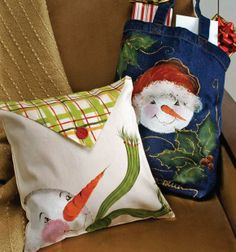 Click thru for the full how to on this FolkArt ® One Stroke™ Snowman Pillows for Christmas