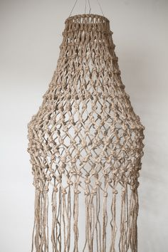 Rope Crafts, Yarn Crafts, Diy And Crafts, Diy Chandelier, Lamp Shades, Macrame, Weaving, Ceiling Lights, Interior Design