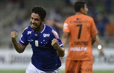Copa Libertadores Review: Cruzeiro, Universitario advance to knockout stages. Read more @ http://www.allymon.com