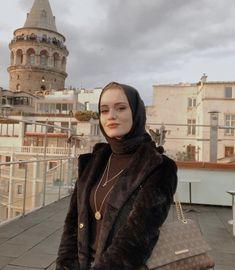 Modern Hijab, Arab Fashion, Cute Girl Photo, Rich Girl, Girl Photos, Muslim, Cute Girls, Arab Style, How To Wear