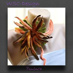 Fantasie Blume, Halsschmuck, Blumen, Filz, Dekoration, Schal, Filzaccessoires, Filzkette