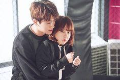 Park Bo Young và Park Hyung Sikđẹp đôi trongStrong Woman Do Bong Soon.