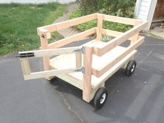 How to Make a Wagon for Yard Work that Attaches to the Mower #WoodworkingBench #woodcraftprojects #woodworkingideas