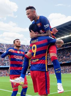 """barcelonaesmuchomas: """"Neymar celebrates a goal with teammates Luis Suarez and Rafinha during the match FC Barcelona vs RCD Espanyol at the Camp Nou stadium on May """" Camp Nou, Football Match, Sport Football, Good Soccer Players, Football Players, Neymar Jr, Lionel Messi, Fc Barcelona Neymar, Barcelona Team"""