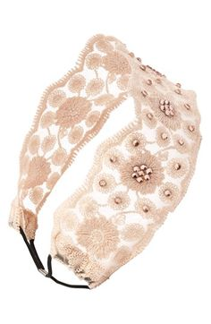 Lace & Crystal Headband   http://rstyle.me/n/dr5vxnyg6