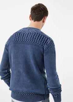 Contrasting knit sweater | MANGO MAN