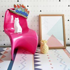 Se os tapetes convencionais já fazem a alegria dos pequenos na hora de engatinhas e brincar, imagine um feito exclusivamente para isso! A @uauababy criou para a @Mimoo Toys´n Dolls os #Playmats. Feitos de poliéster com PVC, são antiderrapantes, antialérgicos e antichamas, além de super fáceis de limpar. Se a ideia for montar um quarto montessoriano ou mesmo uma brinquedoteca em qualquer cantinho da casa, aposte neles! #quartodecriança #brinquedoteca #playmats #crianças #mimootoysndolls