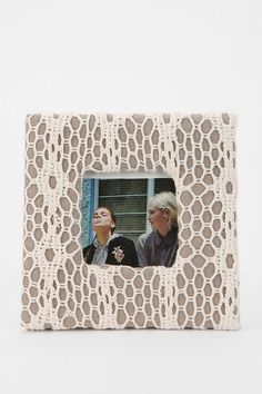 Crochet Picture Frame  #UrbanOutfitters - another diy from urban outfitters