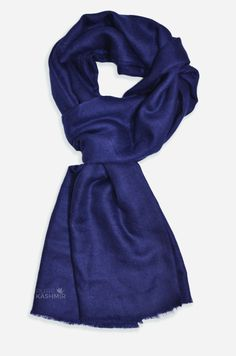 Beautifully light and scrumptiously soft Kashmir Cashmere Pashmina in a wide range of different colors that'll really look good on you. Pure Pashmina For both men and women. A luxurious scarf/shawl to keep you warm Cashmere Pashmina, Square Scarf, Dark Navy, Shawl, Hand Weaving, Pure Products, Women, Style, Fashion
