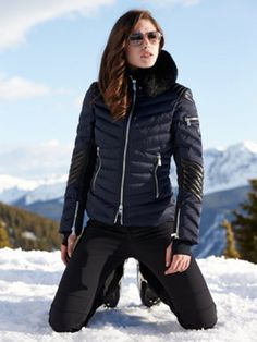 clothilde jacket with fur - toni sailer - designers - Gorsuch Snow Boots Outfit, Fall Chic, Ski Wear, Ski Fashion, Winter Outfits, Ski Outfits, Quilted Jacket, Winter Jackets, Ski Jackets