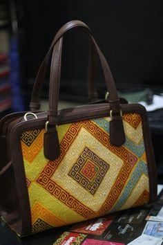 Fb oniete tas batik