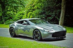 Car porn:  Aston Martin V12 Zagato