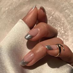 Do you want to try nail designs suitable for spring? Check out these latest and most popular 30 spring pretty nails design ideas, you must not miss them… Cute Acrylic Nails, Cute Nails, Pretty Nails, Do It Yourself Nails, Funky Nails, Minimalist Nails, Dream Nails, Stylish Nails, Perfect Nails