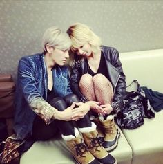 Trouble Maker show off their sweet chemistry and couple shoes in new picture | allkpop.com