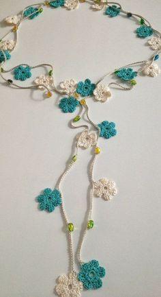 crochet necklace: