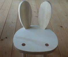 An adorable little bunny chair from iichi