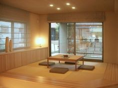 I would love, love, love to have a traditional Japanese tatami room. It could be for entertaining, relaxing, or serving as a guest room. Modern Japanese Interior, Japanese Home Design, Japanese Home Decor, Japanese Modern, Asian Home Decor, Japanese House, Traditional Japanese, Japanese Style, Style At Home
